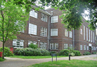 land_front_of_school